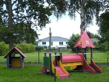 Klettergerüst Haus : Kindergarten recke unser spielplatz